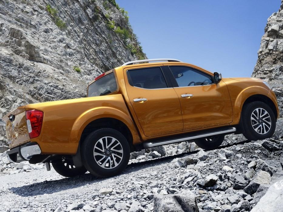 Cambios menores convertirán a la nueva Nissan Navara en la pick up mediana Renault, que podría hacerse en la planta argentina de Santa Isabel, Córdoba...